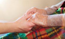 Patekimo į senelių namus tvarka